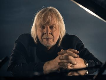 RICK WAKEMAN - PIANO PORTRAITS - IMAGE 1_preview